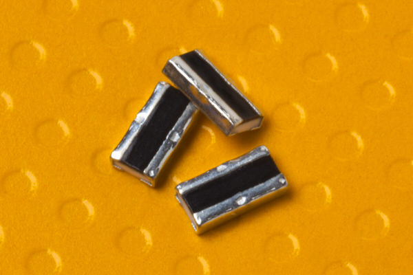 KOA Speer Introduces New Power Rating of 1.5 W <br />and T.C.R. of ±75ppm/°C to WU73 Series <br /> Wide Terminal Resistor